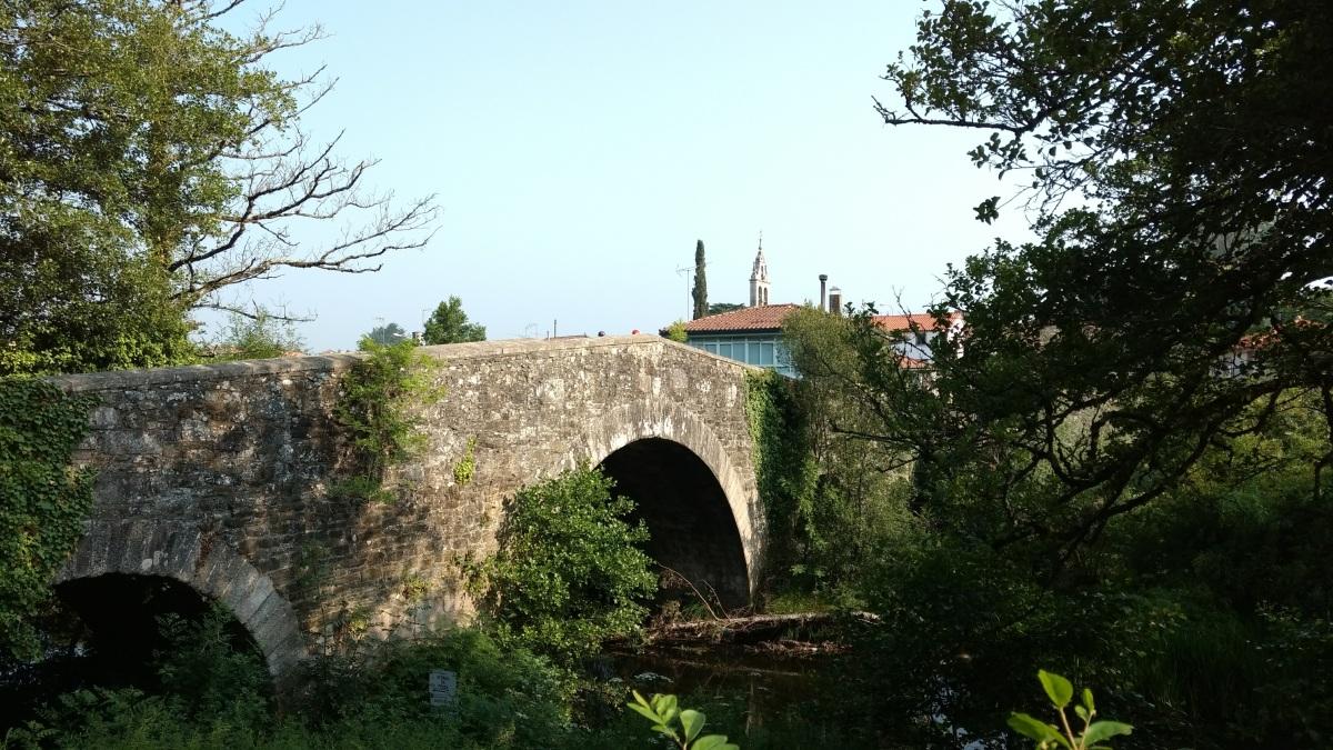 Con la mochila a los hombros por cinco días: Un relato de Santiago de Compostela – Arzúa